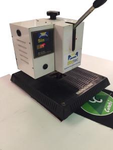 Máquina de estampación térmica